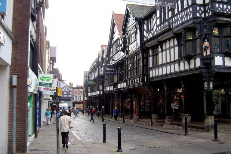 Chester city centre (orangeacid from flickr.com)