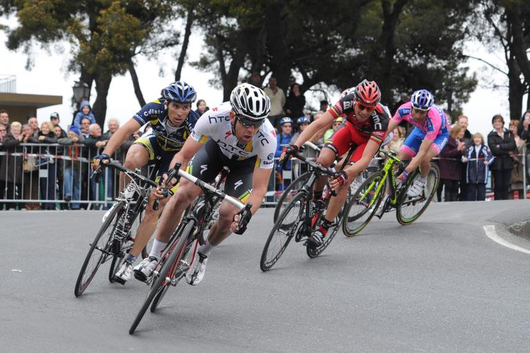 12 Matt Goss descends on the Poggio LaPresse RCS Sport .jpg