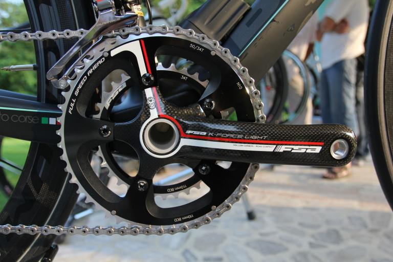 Bianchi Oltre 2012 - FSA K-Force Light chainset.jpg
