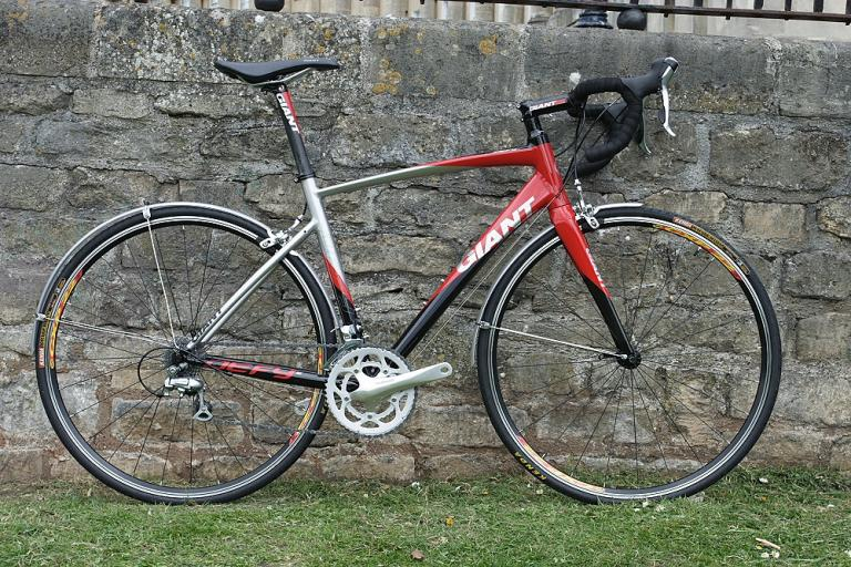 Giant Defy 2 - full bike