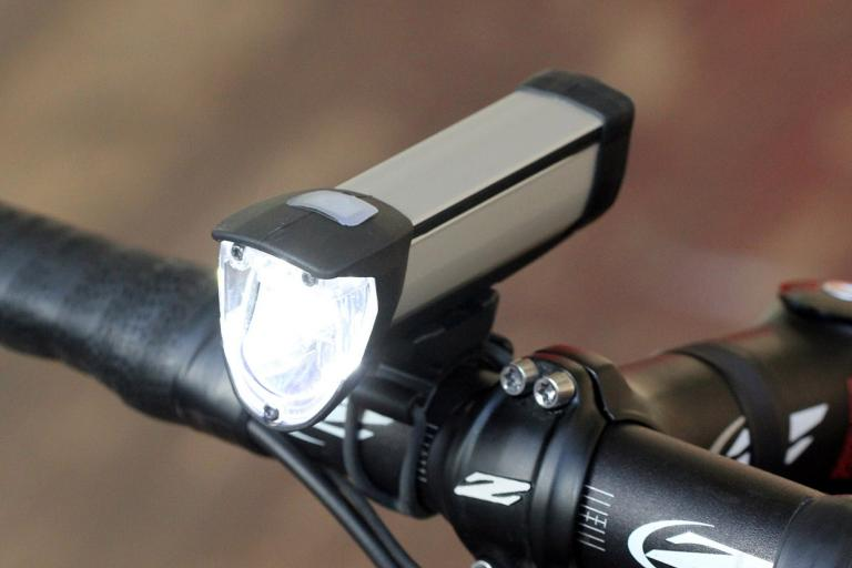Busch and Muller Ixon Core front light