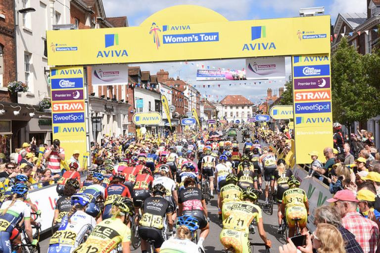 Aviva Women's Tour 2015 - start of final stage (picture credit SweetSpot)