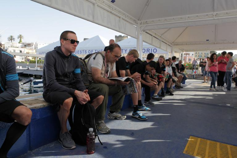 Bradley Wiggins waiting for the ferry, Giro 2013 (pic Daniele Bottallo, LaPresse, RCS Sport)