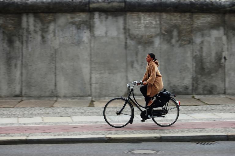 Cycling along the Berlin Wall (credit European Cyclists' Federation)