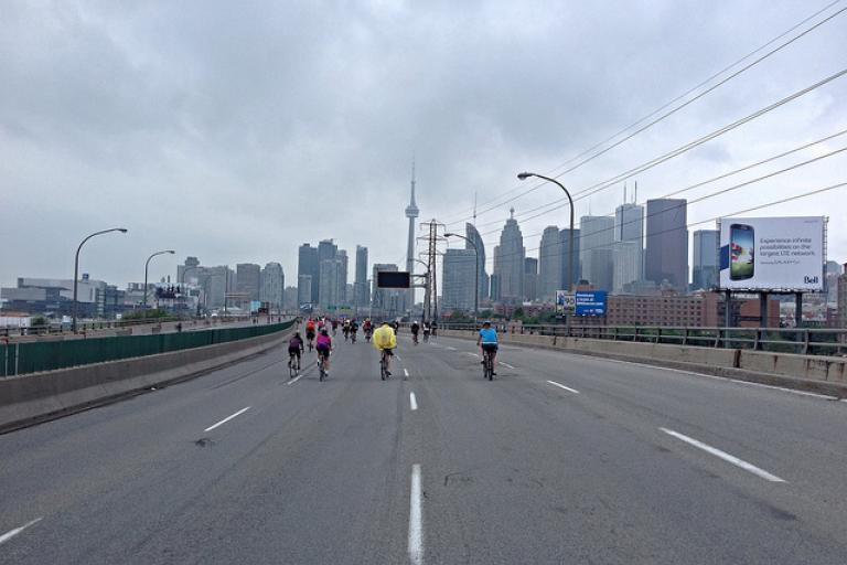 Cyclists on the Don Valley Parkway in Toronto (licensed CC BY ND 2.0 by Chris Killam on Flickr)