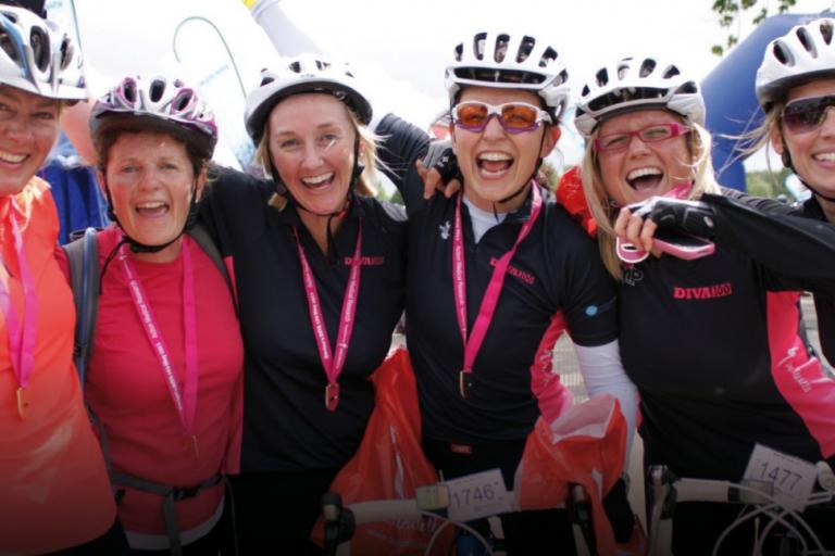 Davina McCall Diva 100 group (picture credit Lee Collier)
