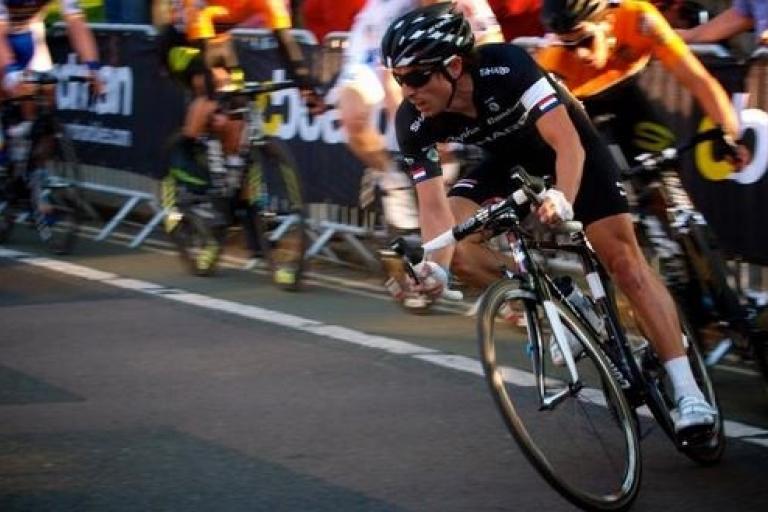 Dean Downing racing for Rapha Condor Sharp, Tour Series, Oxford, 2012 (copyright Simon MacMichael)