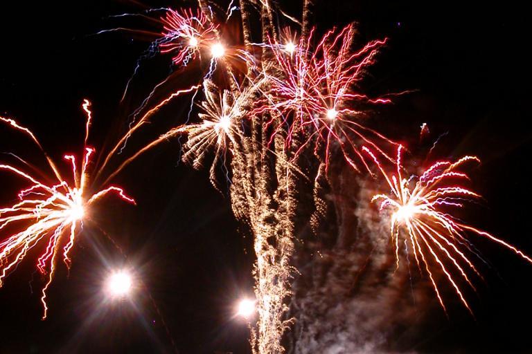 Fireworks www.freephotobank.org