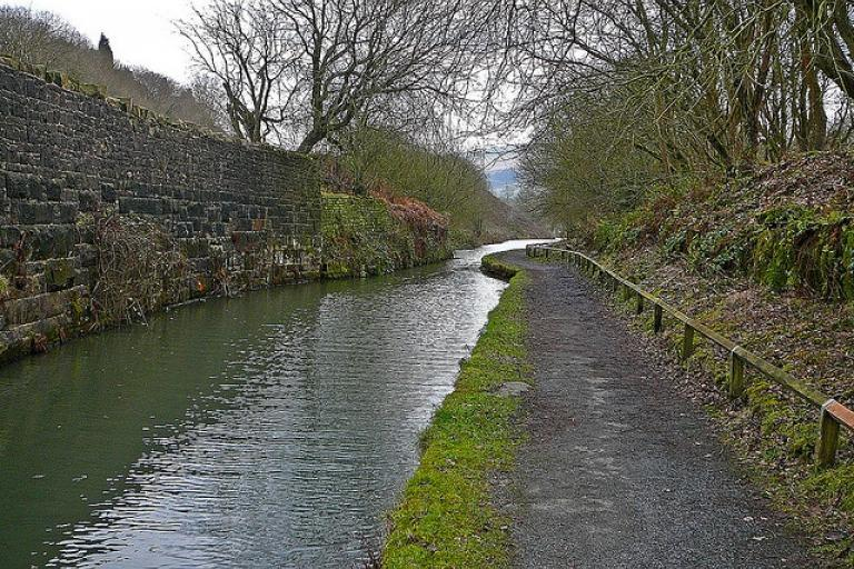 Huddersfield Narrow Canal (image CC licensed by Tim Green via Flickr)