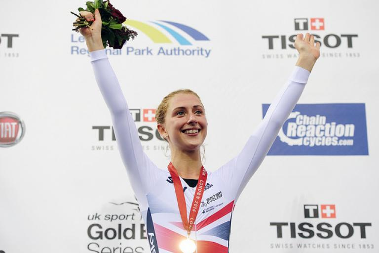 Laura Trott with Omnium gold medal at London Track World Cup 2014 (picture Simon Wilkinson, SWPix)
