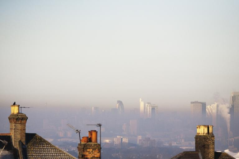 London air pollution (CC BY-NC-ND 2.0 stu mayhew:Flickr)