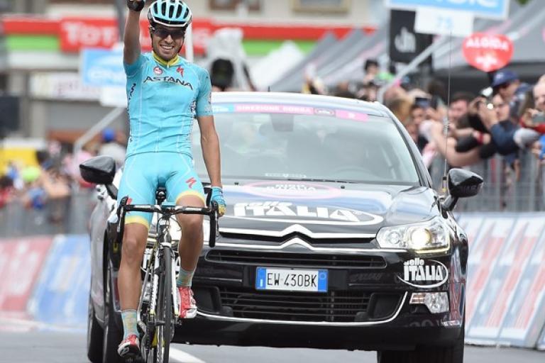 Mikel Landa takes Stage 16 of 2015 Giro (picture ANSA, Dal Zennaro)