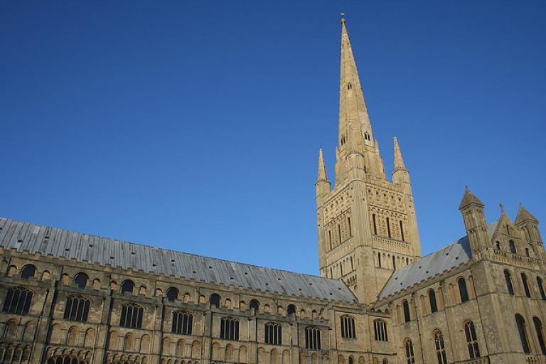 Norwich Cathedral (licensed on Flicke under CC BY-ND 2.0 by .Martin.)