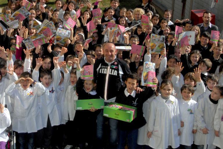 Paolo Bettini promoting Biciscuola initiative, 2012 (copyright Riccardo Sanesi:LaPresse)