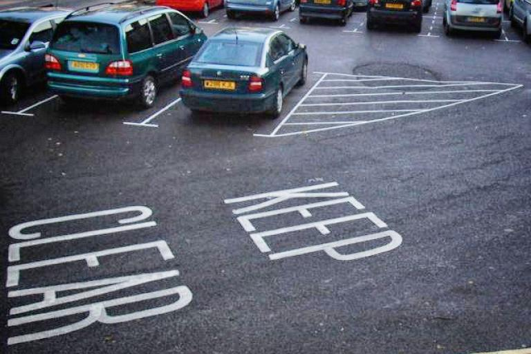 Parking © Simon MacMichael_