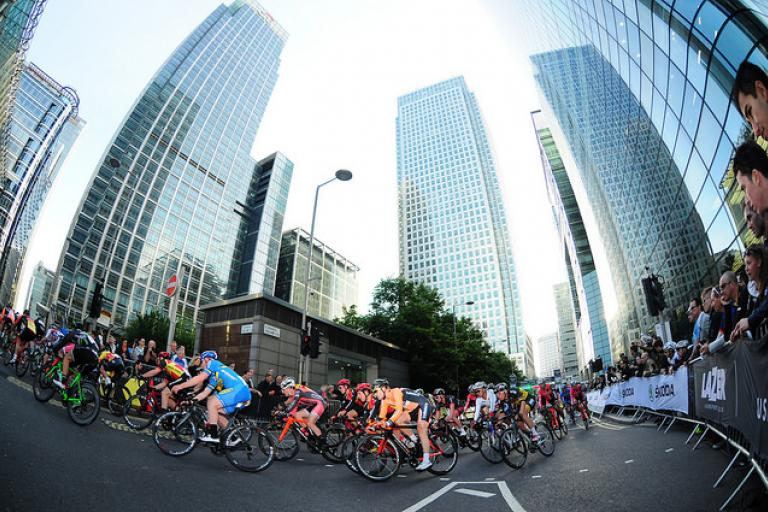 Pearl Izumi Tour Series Canary Wharf 2014 (picture SweetSpot)