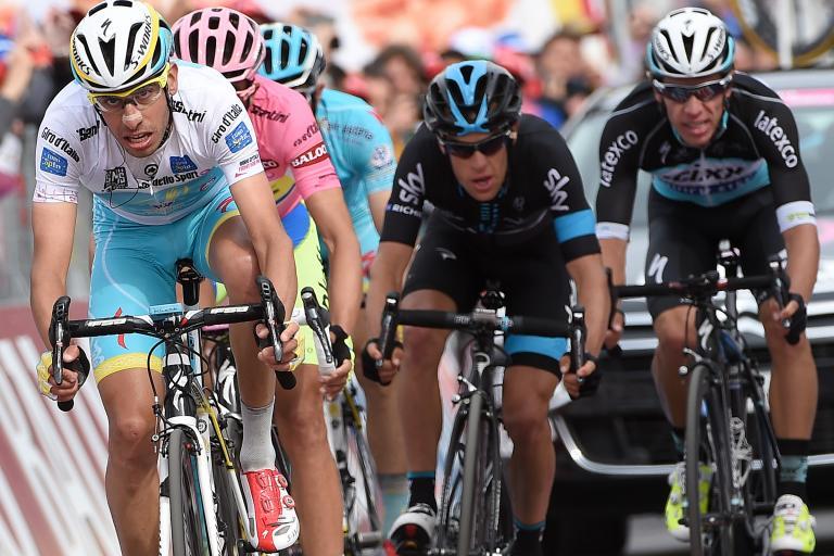 Richie Porte with GC rivals on Stage 8 of 2015 Giro d'Italia (pic ANSA, Daniel Dal Zennaro)