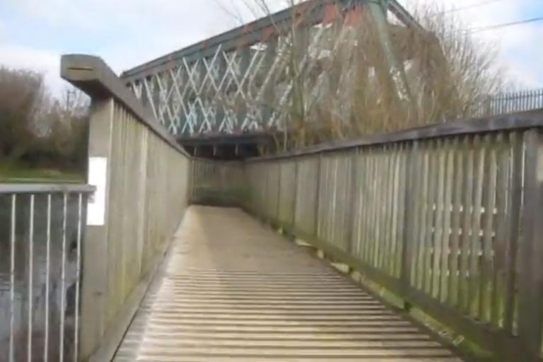 Stourbridge Common Railway Bridge YouTube still (user Rad Wagon)