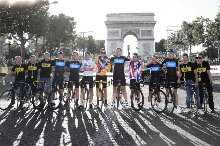 Team Sky Arc de Triomphe