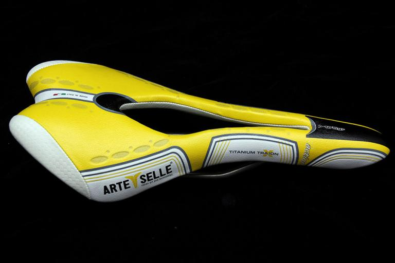 Arte Selle Misy 3 Action Titanium saddle
