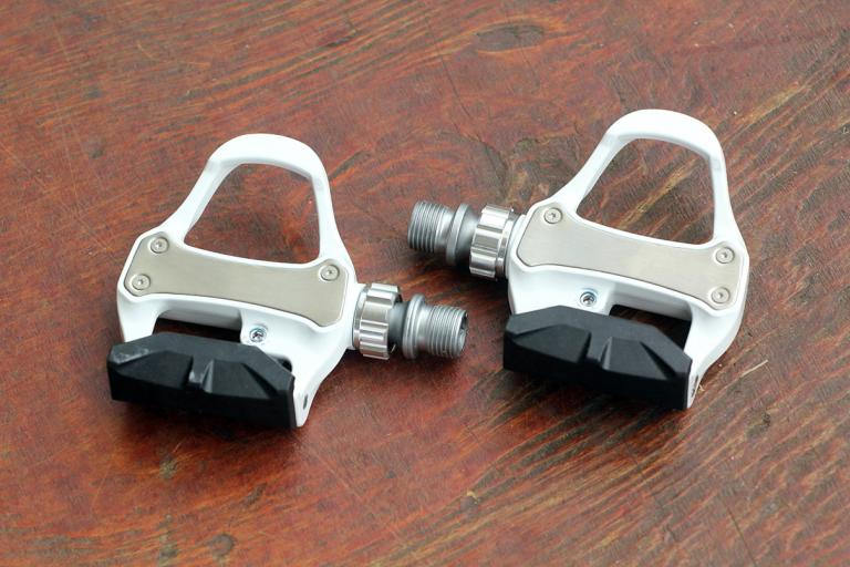 BTwin 500 Road Clipless pedals