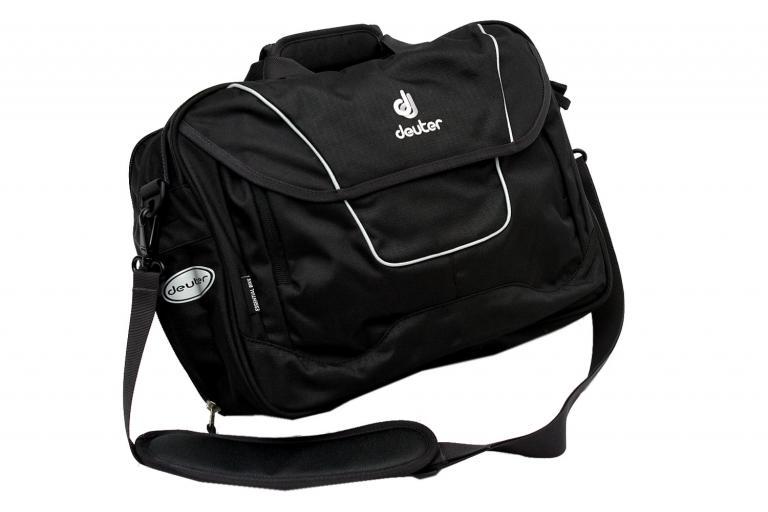 Deuter 32709 Essential bag