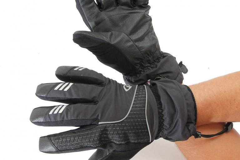Giro proof gloves worn 1