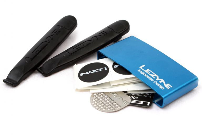 Lezyne Lever patch kit - blue - open
