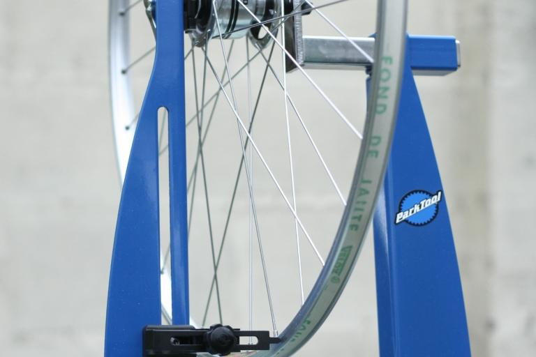 Park TS-8 wheel truing stand