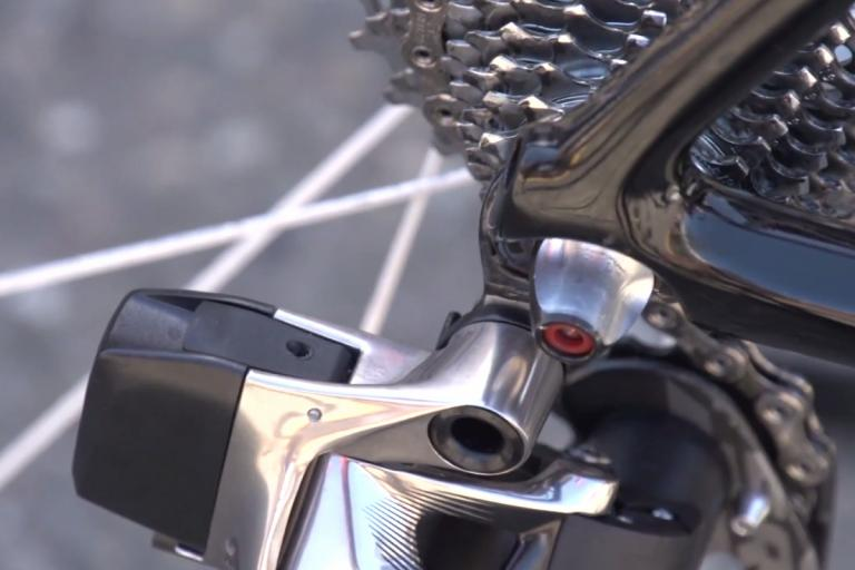 SRAM Red electronic rear mech