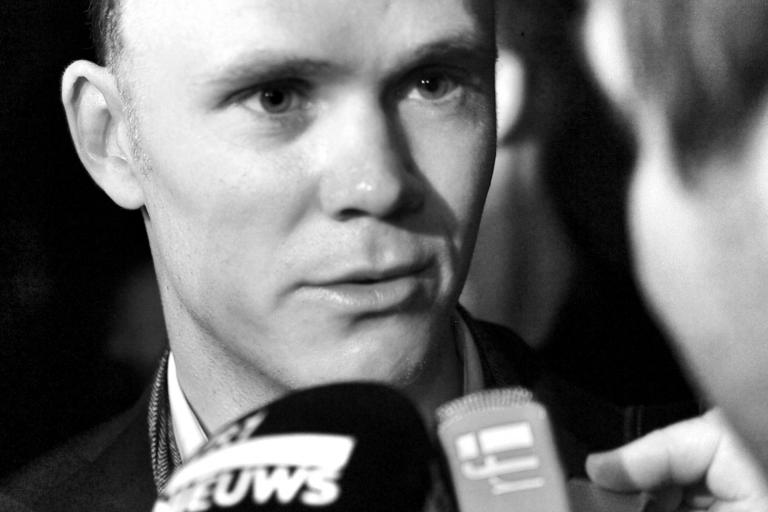 05 Chris Froome at the TDF 2013 launch © Simon MacMichael