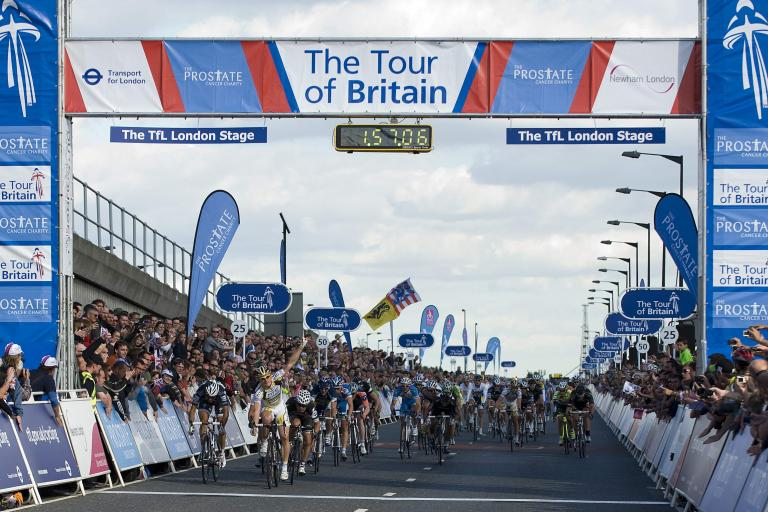 Andre Greipel wins Stage 8 of the 2010 Tour of Britain (picure credit The Tour of Britain)