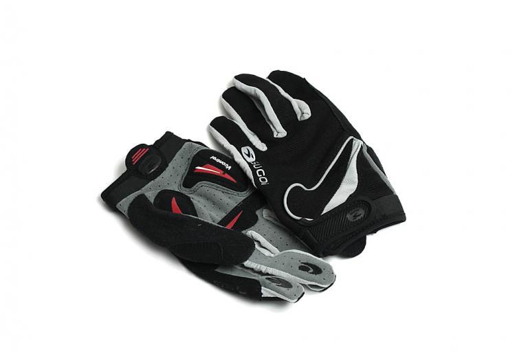 Sugoi Evolution gloves