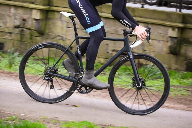 lightweight_urgestalt_-_riding_1.jpg