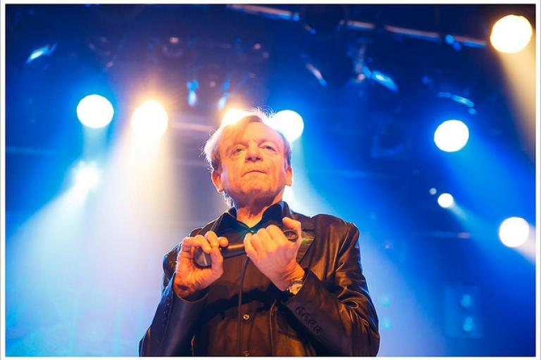 Mark E Smith (licensed CC BY 2.0 by Montecruz Foto on Flickr).jpg