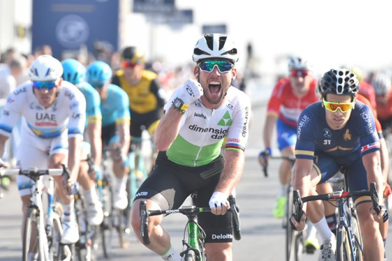 Mark Cavendish wins Stage 2 of Dubai Tour 2018 (pictuure:_LaPresse, Ferrari/Paolone).jpg