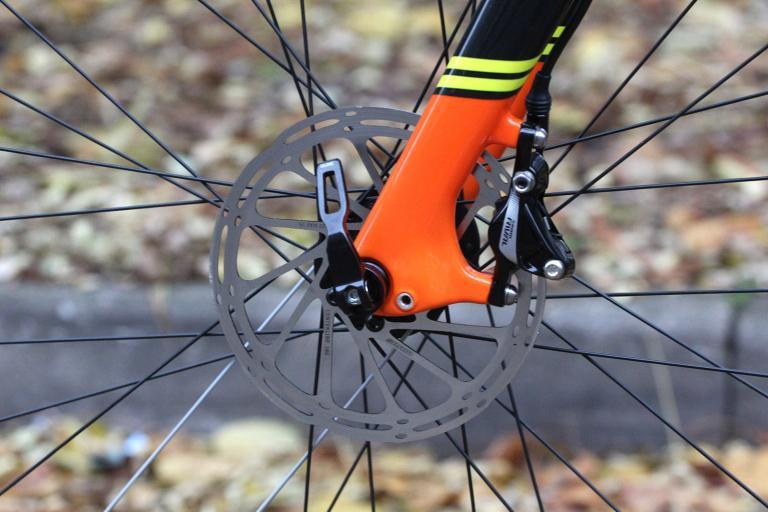 Raleigh Roker Pro - front disc brake.jpg