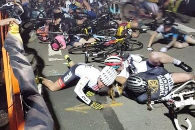 Red Hook Criterium 2017 crash (Instagram video still).JPG