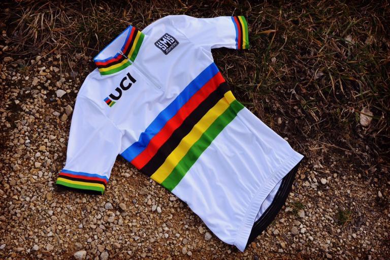 UCI_World_Champions_Jersey_2016.jpg