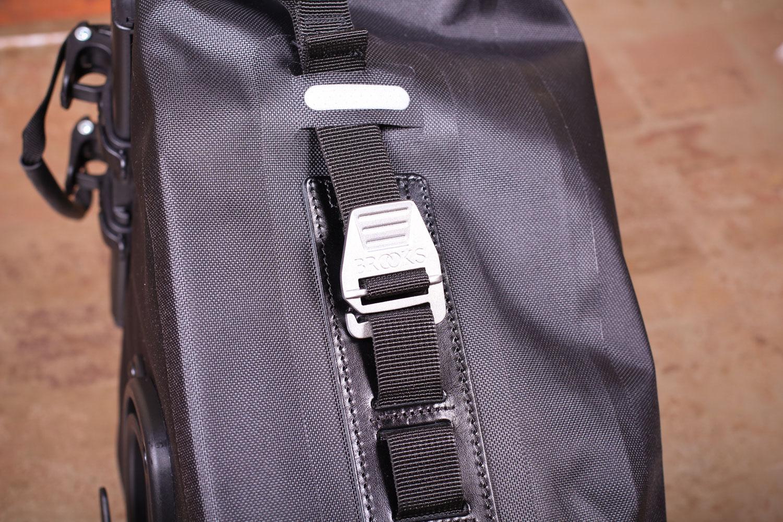 lands end shoulder bag