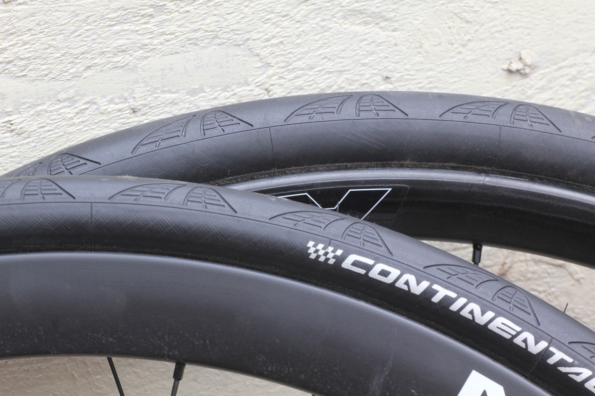 review continental grand prix 4000s ii 28mm tyres. Black Bedroom Furniture Sets. Home Design Ideas