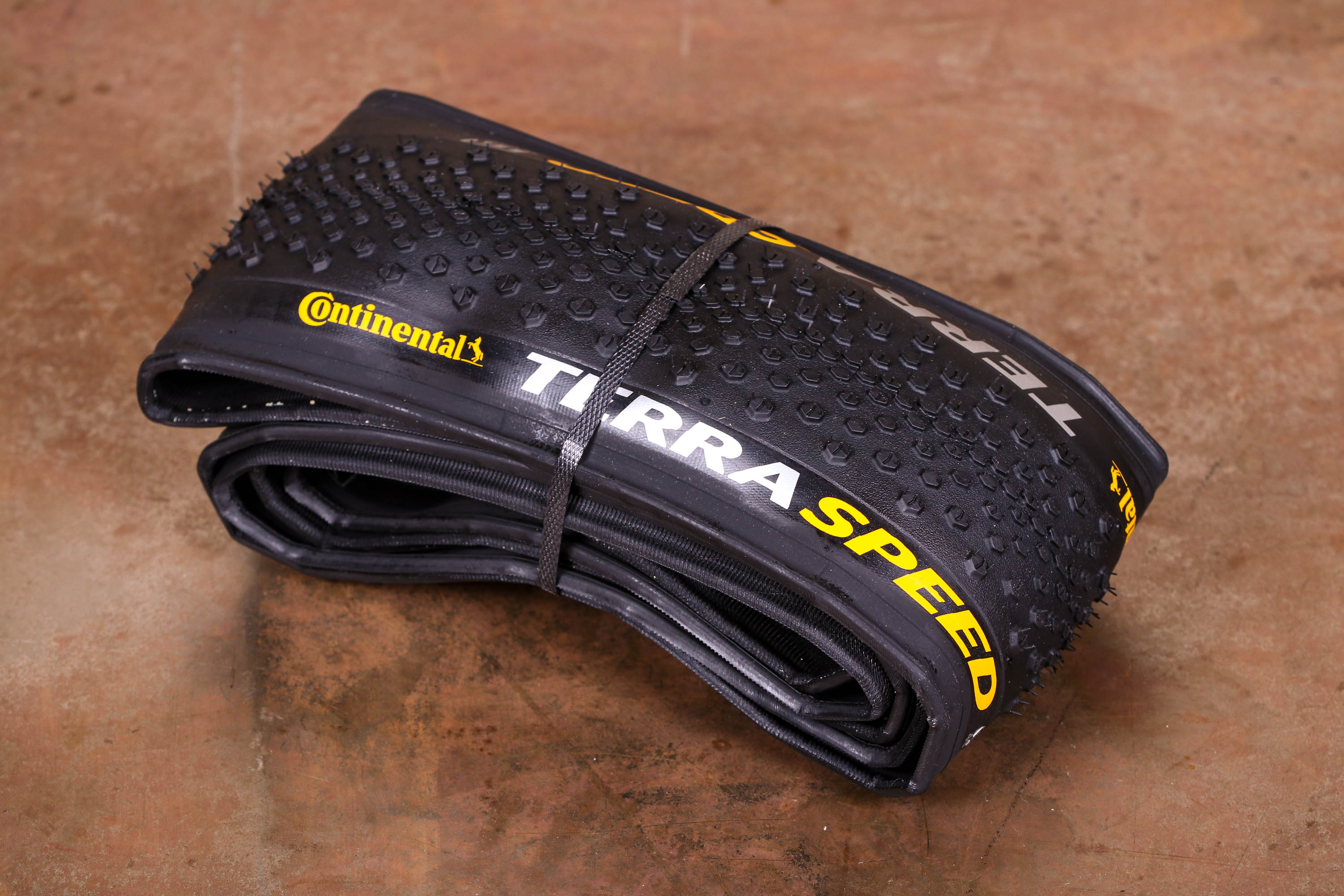 Continental Terra Speed 700 x 40 Fold ProTection TR Black Chili