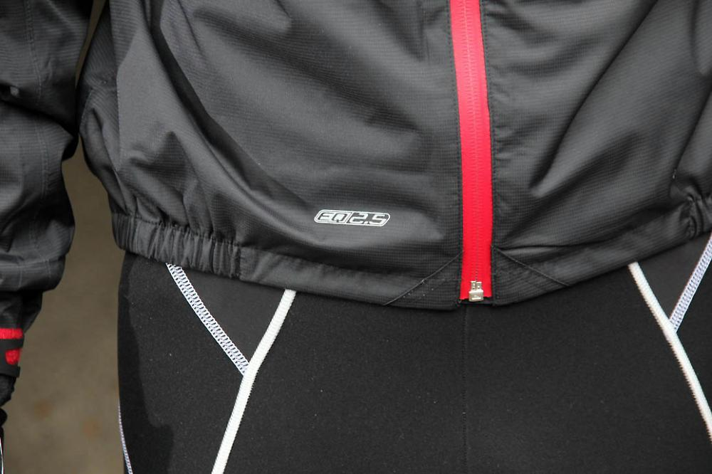 /sites/default/files/cropped/lightbox-large/images/dhb%20EQ2.5%20Waterproof%20Cycling%20Jacket/dhb%20EQ2.5%20Waterproof%20Cycling%20Jacket%20-%20bottom.jpg
