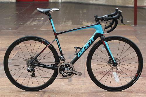 f8460fea7be It's been completely revamped for 2015 with a whole new frame design  providing enhanced comfort and, for the carbon frames, disc brakes only.