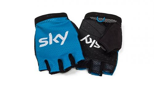 These Pro Mesh Mitts have perforated leather palms but no padding dc608068c