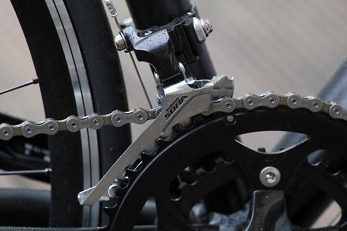 4d1836020f7 The front derailleur has six variations to cope with braze- or band-on  mounting and double or triple chainsets. It's a fairly standard Shimano  offering and ...