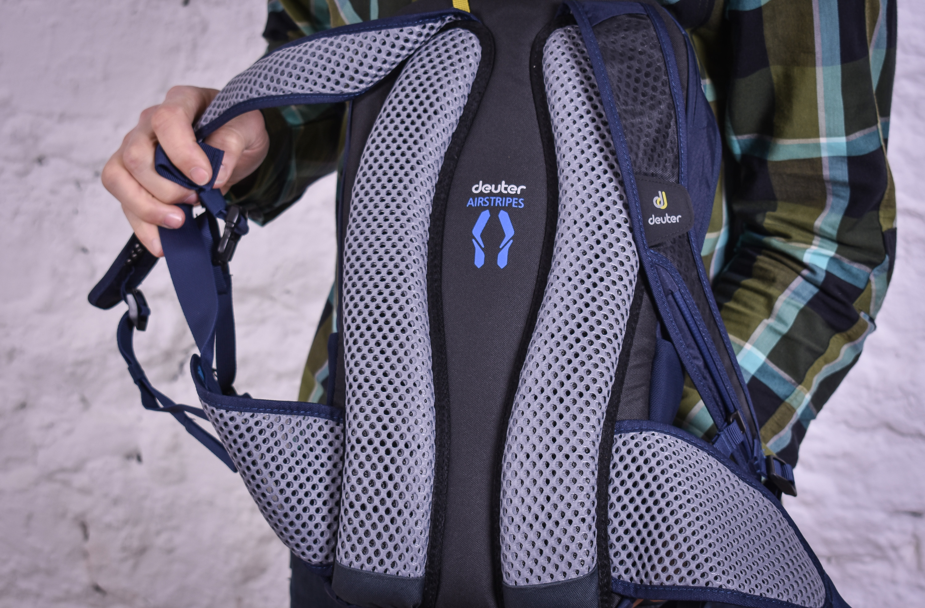 classic fit best cheap in stock Review: Deuter Race X backpack | road.cc