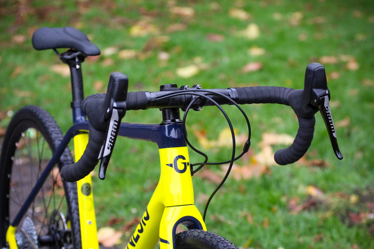 Review: Genesis Vapour 30 2019 | road cc