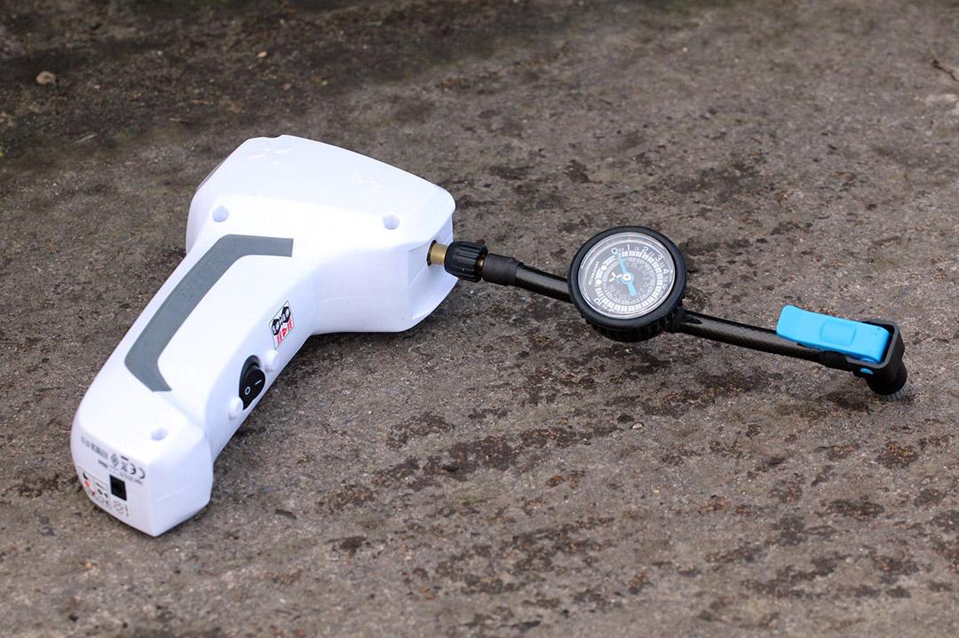 Review: BTwin Mini air compressor   road cc