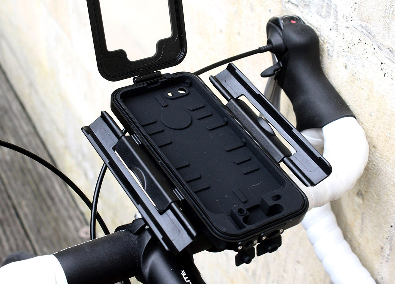 Iphone Bike Mount >> Review Tigra Sport Bikeconsole Iphone 5 Bike Mount Road Cc